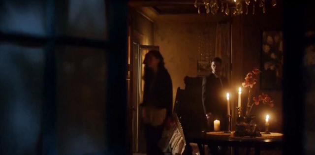 File:Haylijah in 2x01.png