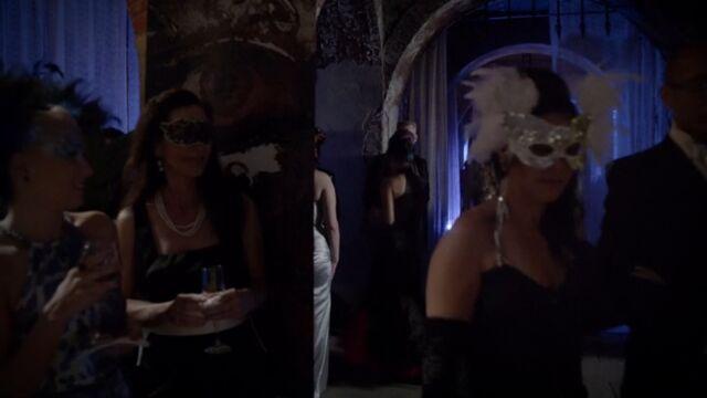 File:Masquerade Gala 2 TO 1x03.jpg