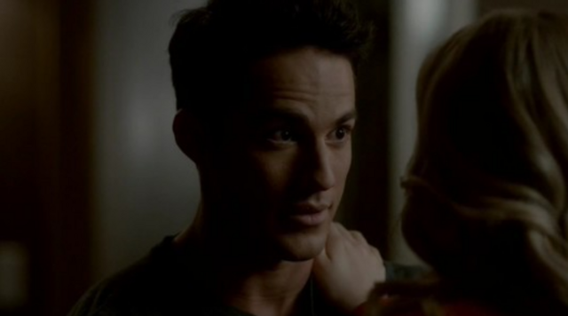File:Tyler-Care 3x22.png