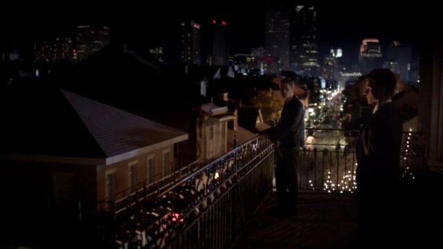 File:Klaus and Elijah TO 1x01.jpg
