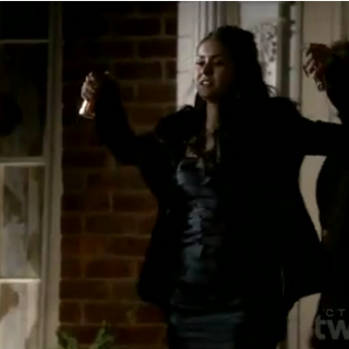 Katherine using wolfsbane Grenades