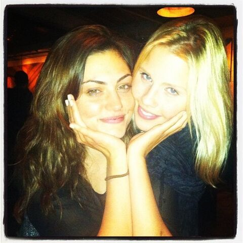 File:Conjoined phoebe tonkin and claire holt by wongb777-d6wb9wr.jpg