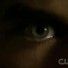 Damon compels Elena