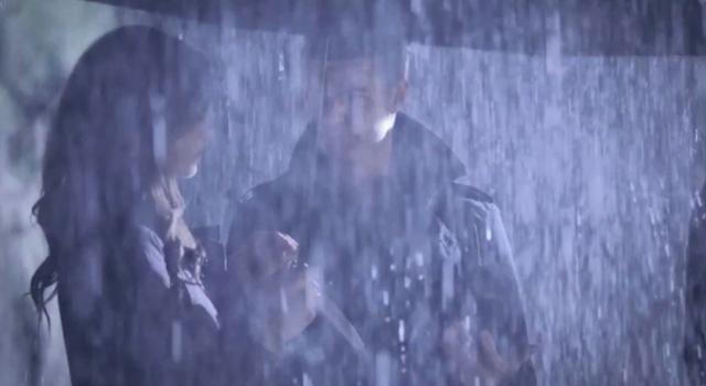 File:Hayley-Elijah 1x11.png