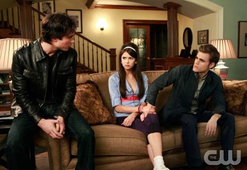 File:The Vampire Diaries 1x12.jpg