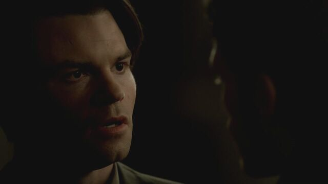 File:The-Vampire-Diaries-3x13-Bringing-Out-the-Dead-HD-Screencaps-elijah-28811462-1280-720.jpg