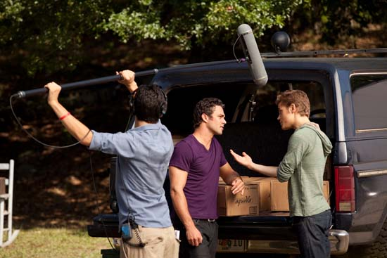 File:Vampire-diaries-season-2-kill-or-be-killed-bts-photos-5.jpg