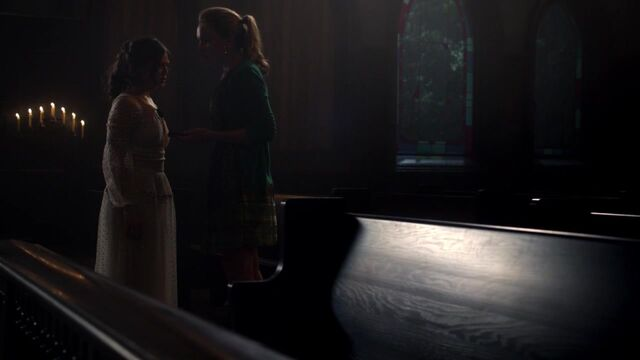 File:The Originals S01E10 720p KISSTHEMGOODBYE NET 0718.jpg