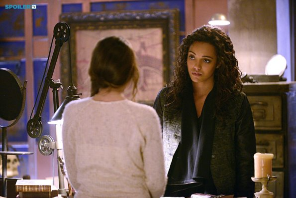 File:The Originals - Episode 2.16 - Save My Soul - Promotional Photos (g).jpg