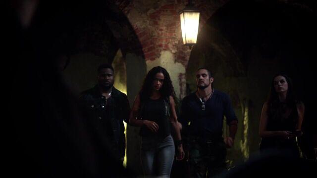 File:The Originals S01E07 720p 0193.jpg