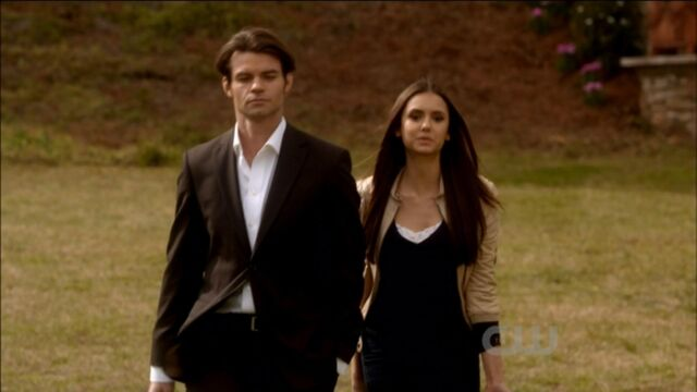 File:Elijah-and-Elena-in-Klaus-2x18-elijah-and-elena-21741608-1921-1080.jpg
