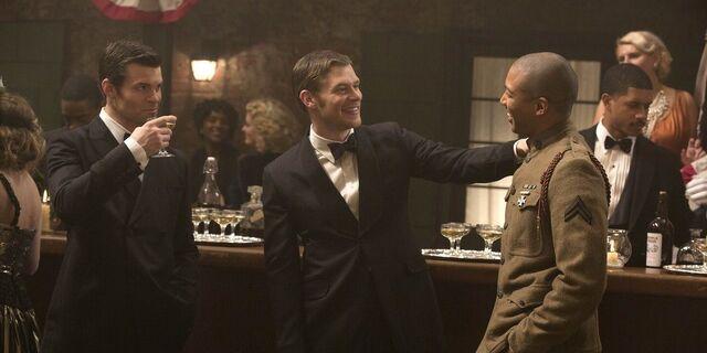 File:The-Originals-1x12-Klaus-Elijah-and-Marcel1-e1391094318981.jpg
