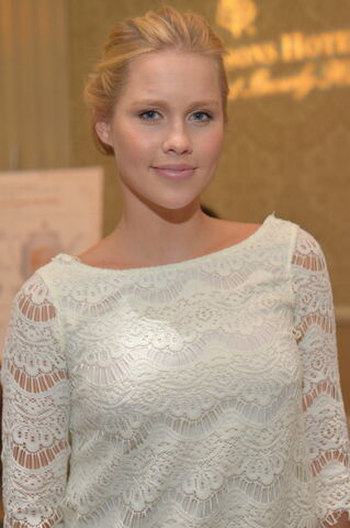 File:Vampire-diaries-actress-claire-holt-at-2013-bafta-awards-tea-party.jpeg