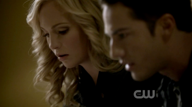 File:Caroline and Tyler 2x10.png