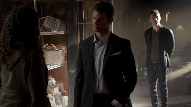 File:The Originals S01E06 720p KISSTHEMGOODBYE 0486.jpg