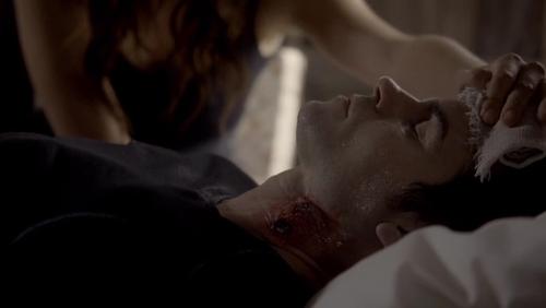 File:Hayley cares for Elijah 1x8.jpg