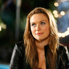 Michaela as Lindsay in One Tree Hill
