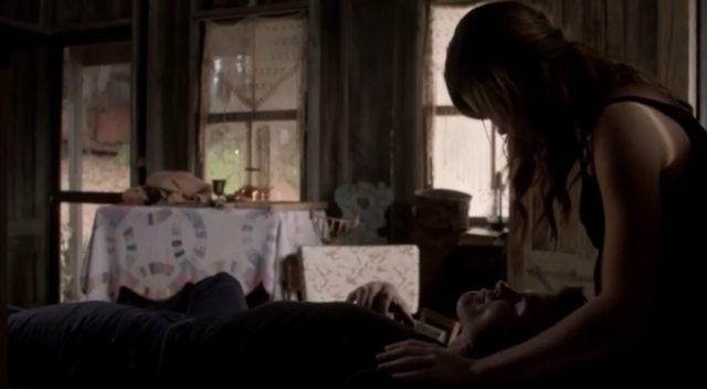 File:Elijah and Hayley in 1x8.png