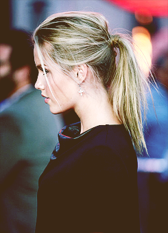 File:Claireholt81.png