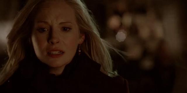 File:Caroline worried for Stefan 5x16.png