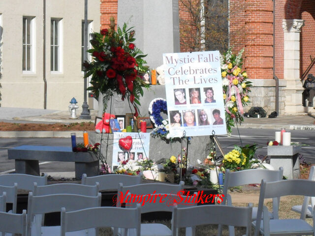 File:Memorial.jpg