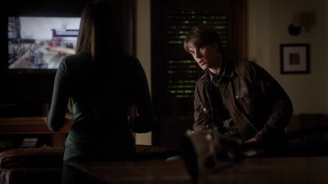 File:TVD4x12-Gilbert House 47.jpg