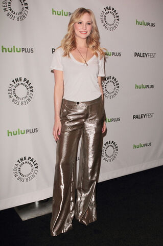 File:Candice-Accola-Gold-Pants.jpg