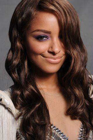 File:2011 Teen Choice Awards 08 Kat Graham.jpg