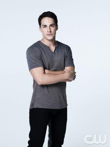 File:Tyler Season 5.jpg