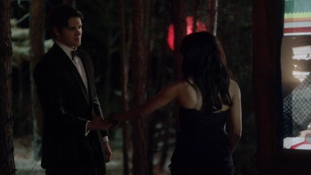 File:The.vampire.diaries.s04e19.720p.web.dl.x264-mrs.mkv snapshot 13.41 -2014.05.31 20.20.13-.jpg