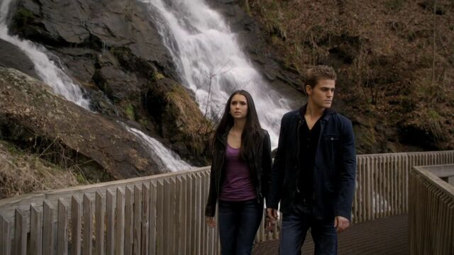 File:220VampireDiaries0983.jpg
