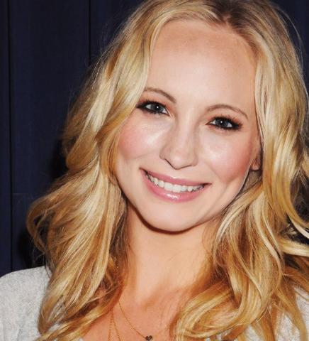 File:CANDICEACCOLA.png