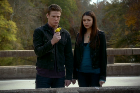 File:Elena-and-matt-vampire-diaries-season-3.png