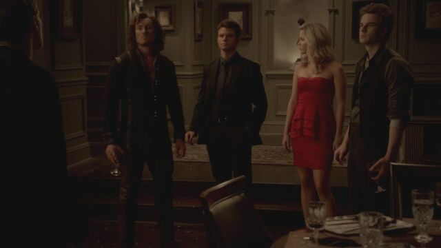 File:The-Vampire-Diaries-3x13-Bringing-Out-the-Dead-HD-Screencaps-elijah-28812083-1280-720.jpg