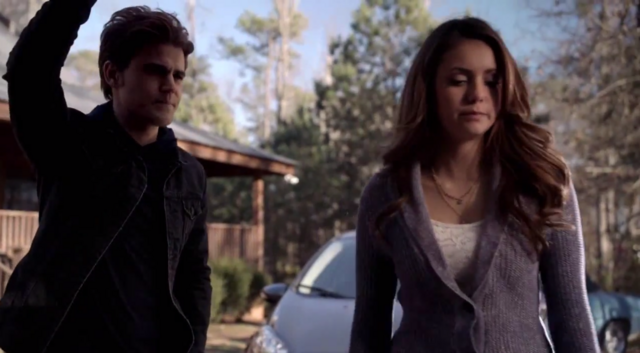 File:Stefan and Elena in 5x20.png