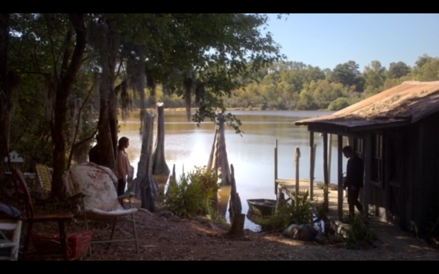 File:1x07-Klaus, Hayley and Elijah in the bayou.png