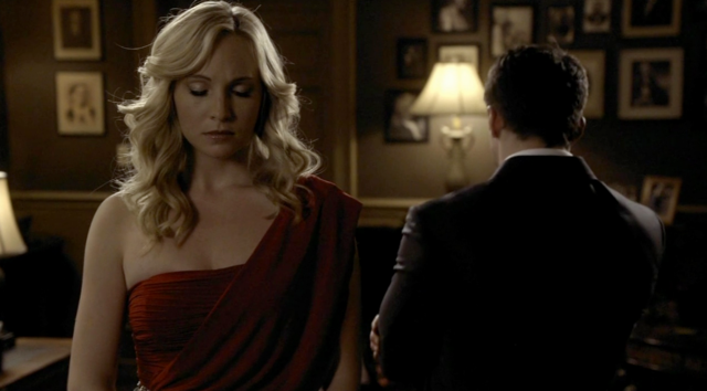 File:Caroline-Tyler 2x7...png