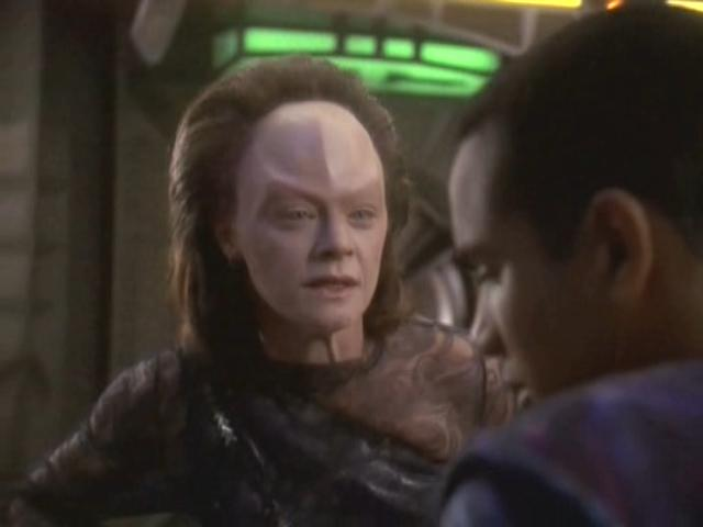 File:Meg-foster-as-onaya-deep-space-nine-ds9-the-muse-2.jpg
