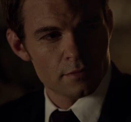 File:Elijah TO 1x01.jpg