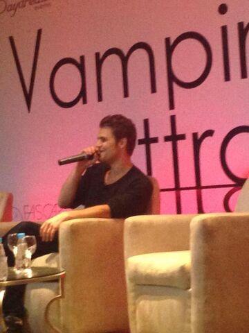 File:2015-05-02 Vampire Attraction Paul Wesley 04.jpg