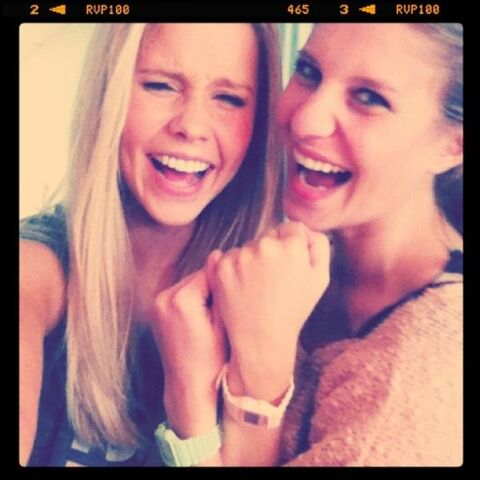 File:Claireholtwithherfriendkate.jpg