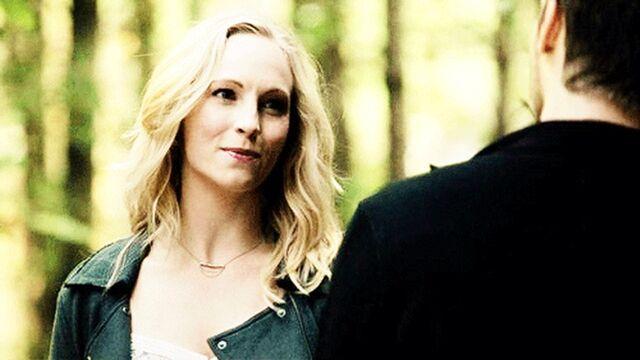 File:Caroline episode 100.....jpg