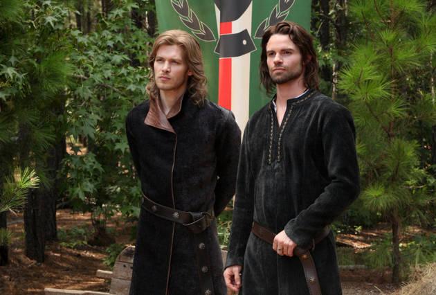 File:Klaus-and-elijah-in-season-4-episode-4.jpg