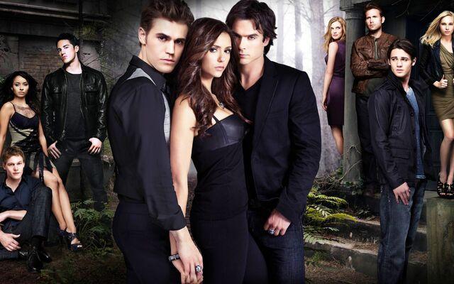 File:Vampire Diaries Cronicas Vampiricas.jpg