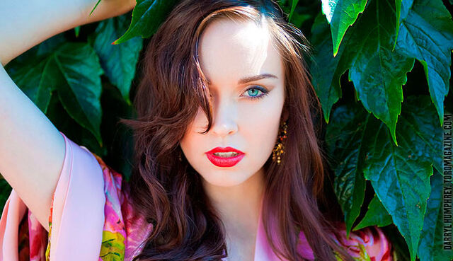 File:Elyse levesque main article.jpg