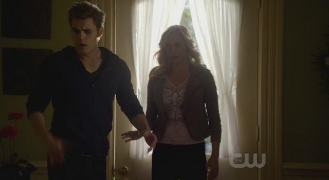 File:Stefan-Caroline 2x13.png