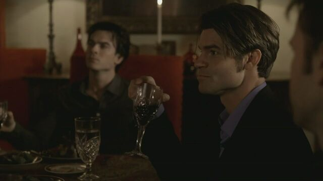 File:Elijah-2x15-The-Dinner-Party-elijah-19424854-1280-720.jpg