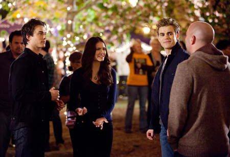 File:Tvd-behind-scenes-seasons-1-3.jpg