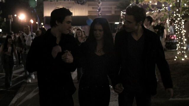 File:122VampireDiaries0624.jpg