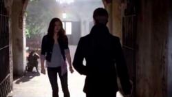 Hayley - Elijah 1x9